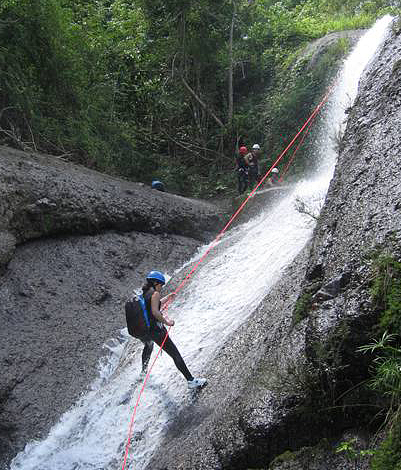 Canyoning in Topes de Collantes